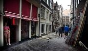 NRC Gemeenteraad tegen sluiten meer ramen op Wallen (ANP)
