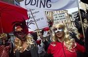Telegraaf Prostituees protesteren tegen sluiting ramen