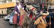 at5-kameel-vrijgezellenfeest-op-de-wallen