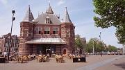 2001-07-30 00:00:00 AMSTERDAM Nieuwmarkt De Waag Copyright Kippa
