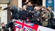 2018-03-23 17:12:19 AMSTERDAM - Engelse voetbalfans op de Amsterdamse Wallen. De supporters zijn in de stad voor het oefenduel tussen Nederland en Engeland in de ArenA. ANP NIELS WENSTEDT
