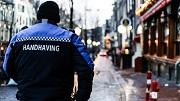 Amsterdam, Centrum, De Wallen, Handhavers, Geweldsmiddelen, 31-01-2019 Handhavers voeren actie omdat ze nog geen geweldsmiddelen hebben gekregen.