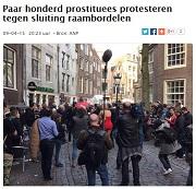Parool Paar honderd prostituees protesteren tegen sluiting raambordelen