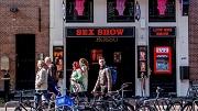 2018-05-02 00:00:00 AMSTERDAM - Een sexshop op de Wallen. ANP ROBIN UTRECHT