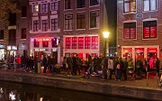 telegraph-amsterdam-gets-tough-on-tourists-istock